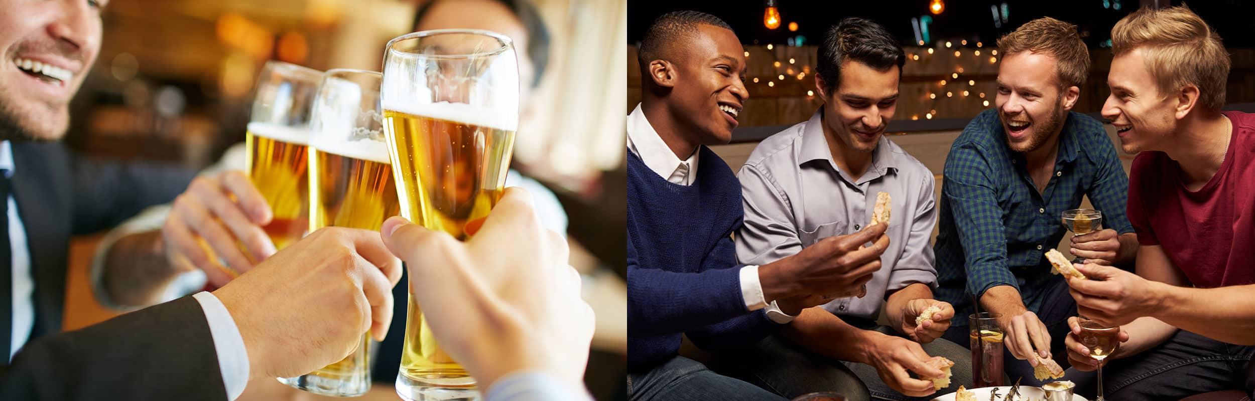 Mænd der drikker øl og griner